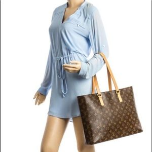 4ec9ea140486 Louis Vuitton. Authentic Louis Vuitton Luco Monogram Tote